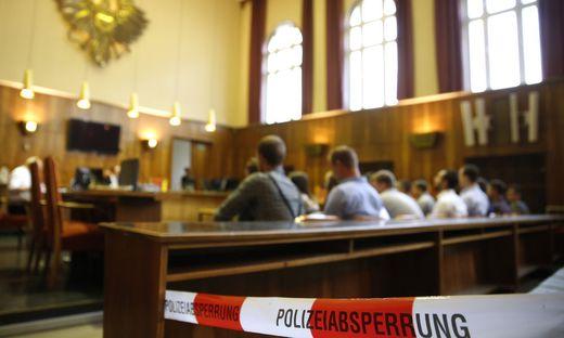 FORTSETZUNG DES PROZESSES GEGEN MITGLIEDER DER IDENTITAeREN BEWEGUNG OeSTERREICH (IBOe) IN GRAZ