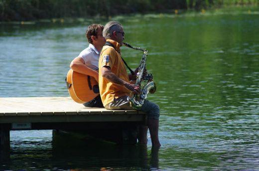 Musikgenuss am 3. Oakwood Lake
