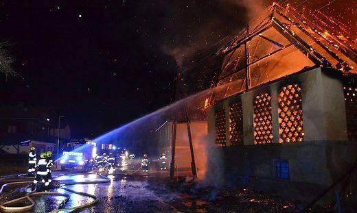 Der Stall in Althofen brannte komplett nieder