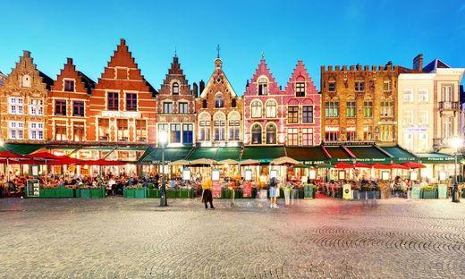 Rund um Weihnachten ein besonderes Highlight: die Giebelhäuser am Marktplatz