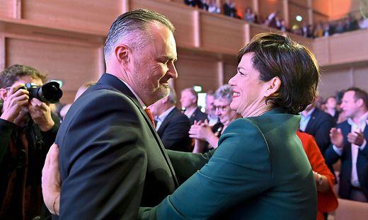 LH Hans Peter Doskozil (L) und Bundesparteivorsitzende Pamela Rendi-Wagner