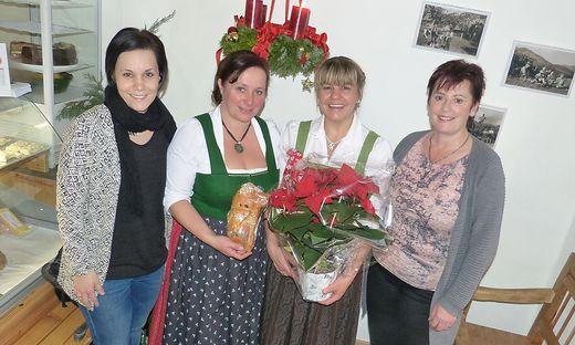 Katrin Srb, Gerlinde Pichler, Andrea Kammerhofer, Christina Srb (v.l.) bei der Eröffnung