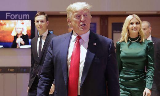 Trump, hier mit Tochter Ivanko und Schwiegersohn Jared Kushner