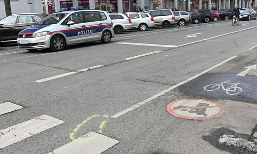 Wien: Neunjähriger von Lkw erfasst und getötetLKW ERFASST UND GET�TET