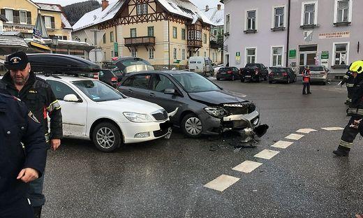 An beiden Fahrzeugen entstand erheblicher Schaden