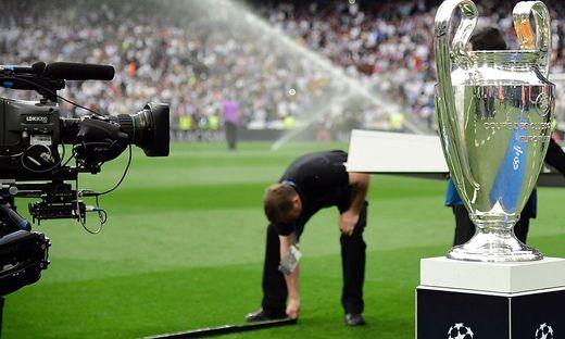 Die Champions League, die Europa League und die Europa Conference League sind ab 2021 auf Servus TV zu sehen