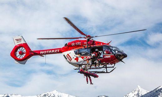 Der Mann wurde vom Rettungshubschrauber ins LKH Villach geflogen (Sujetbild)