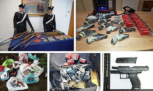 """Ein Teil der in Italien beschlagnahmten Waffen. Viele davon wurden aus Kärnten """"importiert"""""""