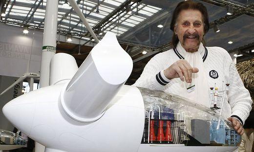 Designer Luigi Colani auf einem Archivbild 2008