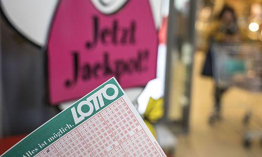 Lotto Weihnachten.6 Aus 45 1 5 Millionen Locken Beim Lotto Kurz Nach Weihnachten