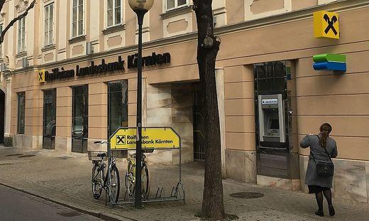 Einst RBB, nun RLB-Filiale in der Bahnhofstraße