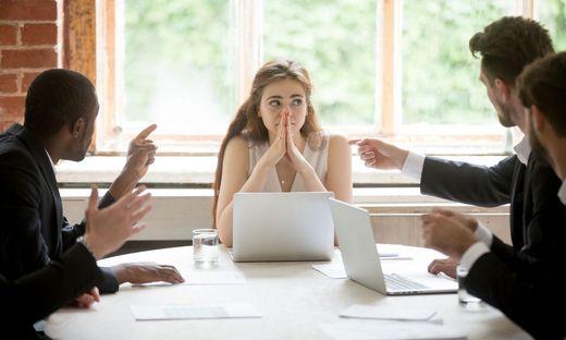 Am Arbeitsplatz fühlt sich knapp jeder Fünfte der von SORA Befragten diskriminiert