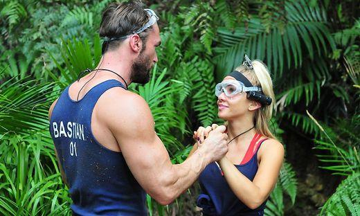 Auch Händchenhalten half nicht: Bastians und Evelyns Dschungelprüfung floppte