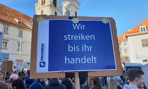 Demo auf dem Mariahilferplatz