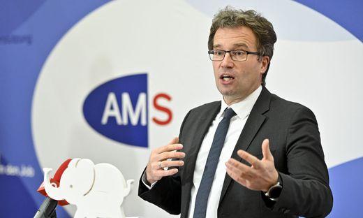 Der Chef des Arbeitsmarktservice (AMS), Johannes Kopf