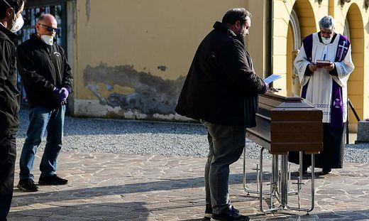 Trauriger Alltag in Bergamo