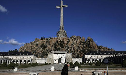 Die Prunk-Grabanlage, in der Francos Leichnam derzeit liegt