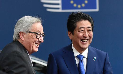 Jean-Claude Juncker und Shinzo Abe unterzeichnen heute das Abkommen JEFTA