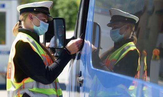 In Deutschland gilt ab sofort Testpflicht für alle Urlauber, die aus Ländern mit vielen Infizierten zurückkommen