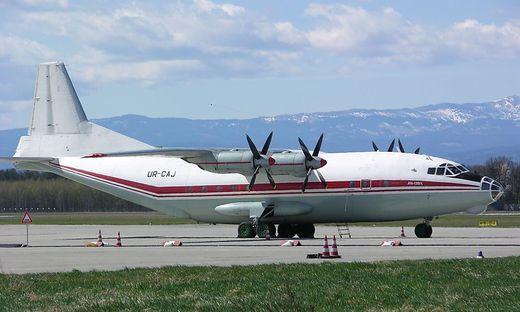 Eine Propellermaschine der Firma Antonov (hier im Bild eine An-12) sorgte über dem Mürztal für Aufsehen
