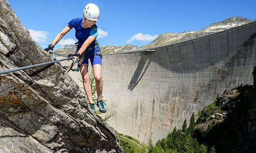 Klettersteig Villach : Mit tau geborgen jähriger nach absturz von klettersteig in