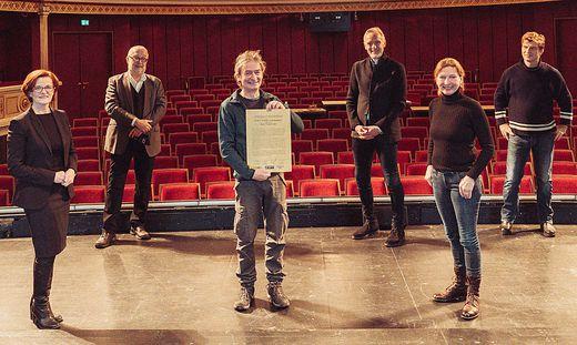 Rudi Widerhofer mit der Jury des Ernst-Binder-Stipendiums