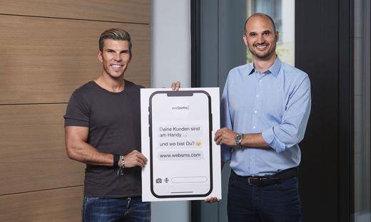 websms-Chef Christian Waldheim (rechts) und Investor Florian Gschwandtner