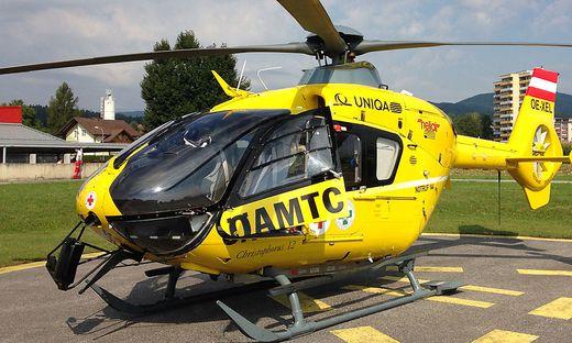 Notarzthubschrauber Rettungshubschrauber Oeamtc Christophorus 12 Sujet Symbolbild Hubschraubereinsatz Unfall