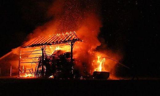 Derselbe Schuppen brannte in der Nacht zum Dienstag zum zweiten Mal innerhalb von vier Tagen