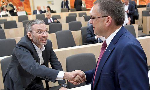 Die Zeit der Freundlichkeiten ist vorbei: Ex-Innenminister Herbert Kickl und ÖVP-Klubchef August Wöginger