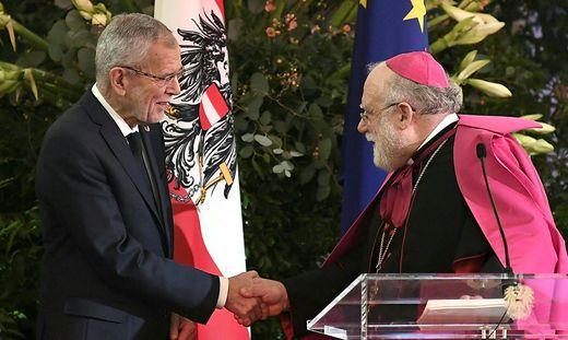 Nuntius Lopez Quintana beim Neujahrsempfang von Bundespräsident Van der Bellen