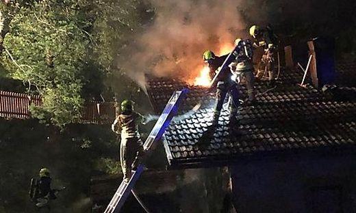 Um 3.30 Uhr Früh wurde der Brand des Einfamilienhauses entdeckt