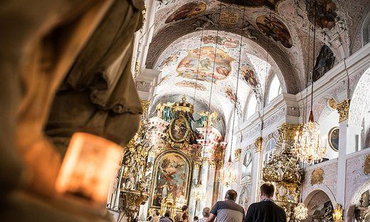 In Kirchenkreisen gibt es Unmut wegen der begrenzten Plätze im Dom zu Klagenfurt