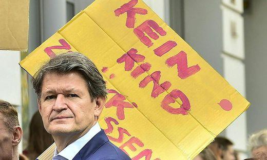 KLIMA DEMONSTRATION: AKTION 'EARTH STRIKE'