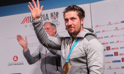 Kombi-Held Hirscher im Austria House