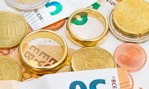 Ein namhafter Geldbetrag floss für die Eheschließung