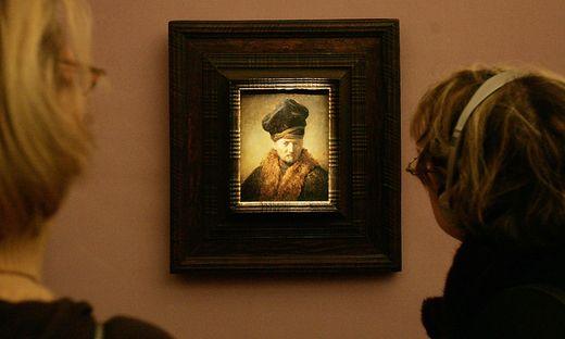 """""""Alter Mann im Pelzmantel"""" von Rembrandt van Rijn"""