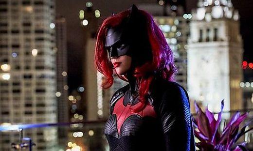 Schauspielerin Ruby Rose als Batwoman in der gleichnamigen Amazon-Serie