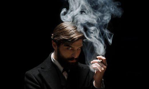 """Der Steirer Robert Finster spielt """"Freud"""" in der gleichnamigen Serie"""