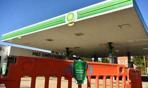 Immer mehr Tankstellen im Vereinigten Königreich müssen dichtmachen
