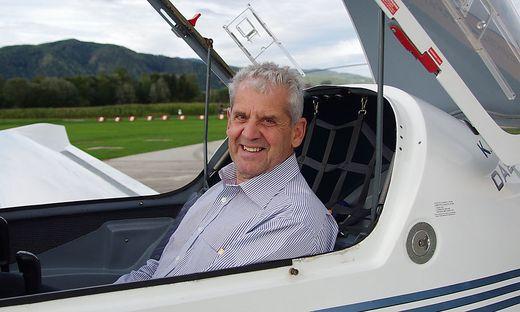 Engelbert Straubinger im Cockpit