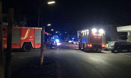 Am Donnerstagabend mussten die FF Viktring/Steoin und die Berufsfeuerwehr Klagenfurt zu einem Brand ausrücken. Am Freitag heulten erneut die Sirenen