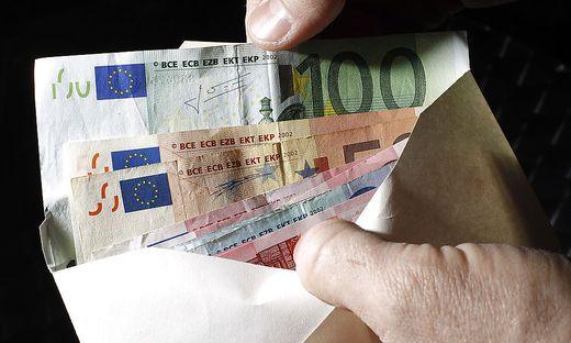 Mehr als 10.000 Euro bewahrte ein Spittaler in seinem Pkw auf