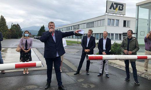 Arbeiterbetriebsratschef Michael Leitner bei einer Protestkundgebung gegen die Schließung der Produktion bei ATB Spielberg