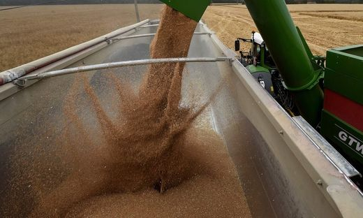 FRANCE-AGRICULTURE-HARVEST-WHEAT