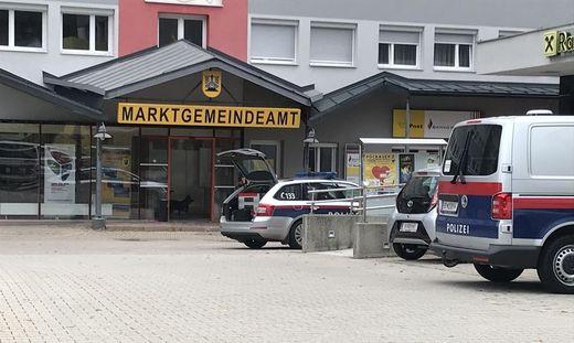 Bombendrohungen gegeben - per Brief wurden die Drohungen in die Gemeinde geschickt.