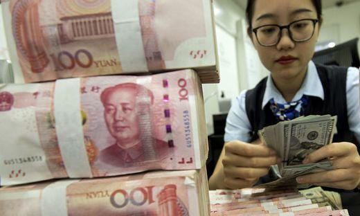 Der Yuan wertet im Verhältnis zum Dollar deutlich ab