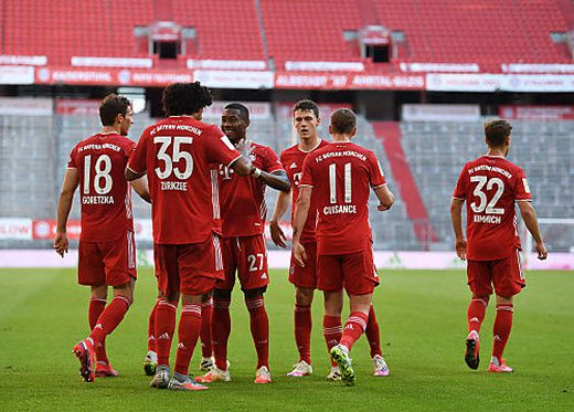Auch ohne fans jubeln die Bayern