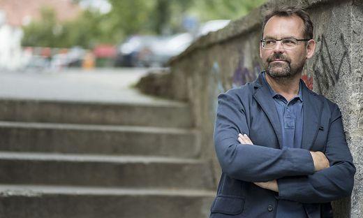 """Werner Schrempf (57), Intendant und Geschäftsführer des Grazer Festivals """"La Strada"""", sieht """"Silberstreifen am Horizont"""""""