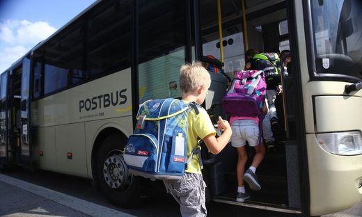 Der Postbus ein wichtiges Verkehrsmittel für die steirischen Schüler